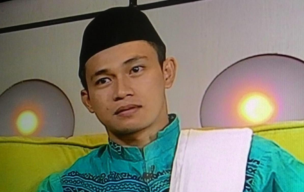SANTRINISASI INDONESIA